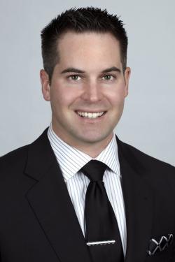 Tony-dickinson-headshot-formal